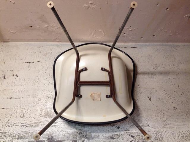 5月30日(土)大阪店ヴィンテージ家具入荷!②Eames ArmShell Chair!!(大阪アメ村店)_c0078587_13362052.jpg