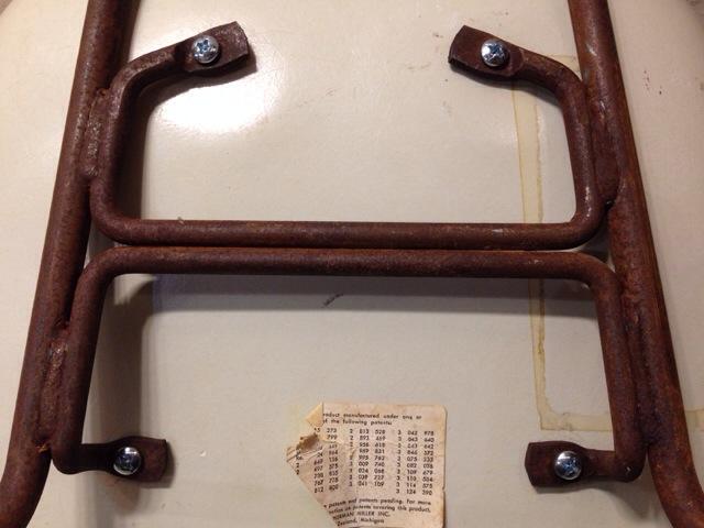 5月30日(土)大阪店ヴィンテージ家具入荷!②Eames ArmShell Chair!!(大阪アメ村店)_c0078587_13363375.jpg