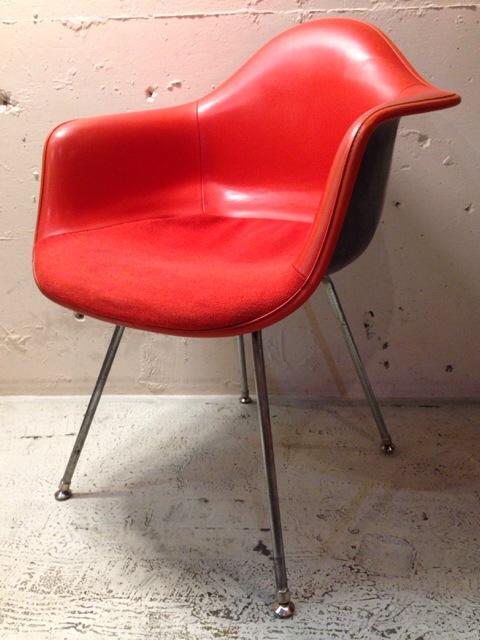 5月30日(土)大阪店ヴィンテージ家具入荷!②Eames ArmShell Chair!!(大阪アメ村店)_c0078587_13392812.jpg