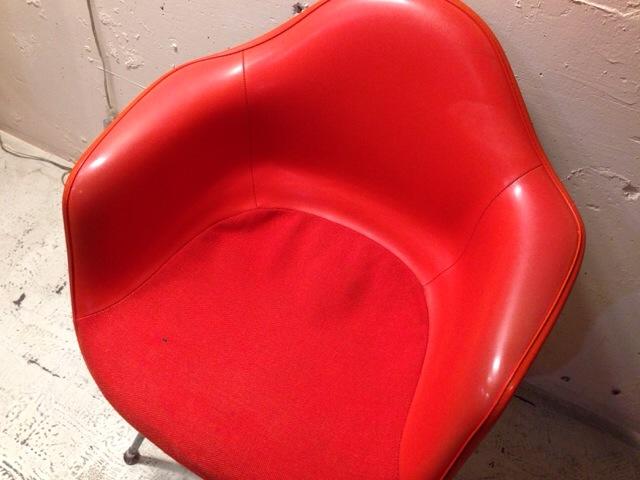 5月30日(土)大阪店ヴィンテージ家具入荷!②Eames ArmShell Chair!!(大阪アメ村店)_c0078587_13401951.jpg