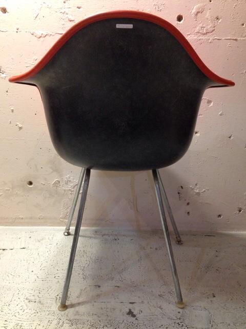 5月30日(土)大阪店ヴィンテージ家具入荷!②Eames ArmShell Chair!!(大阪アメ村店)_c0078587_13423078.jpg