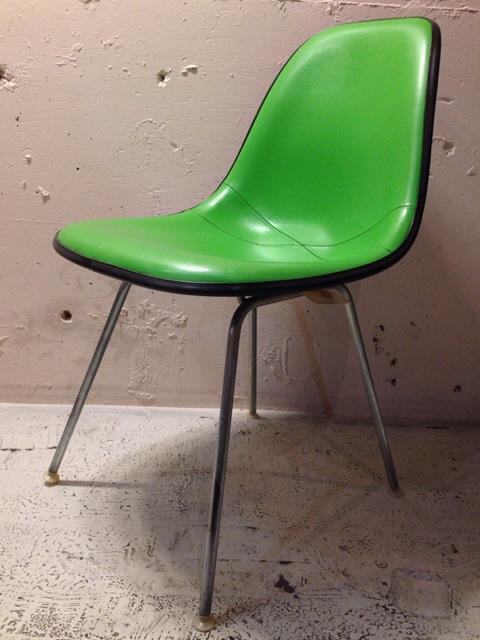 5月30日(土)大阪店ヴィンテージ家具入荷!①Eames SideShell Chair!!(大阪アメ村店)_c0078587_14103139.jpg