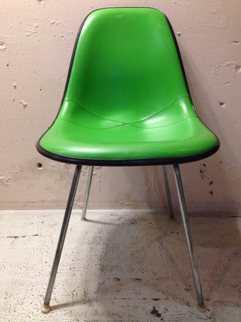 5月30日(土)大阪店ヴィンテージ家具入荷!①Eames SideShell Chair!!(大阪アメ村店)_c0078587_14104089.jpg