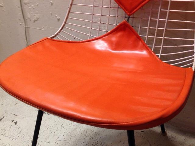 5月30日(土)大阪店ヴィンテージ家具入荷!①Eames SideShell Chair!!(大阪アメ村店)_c0078587_1412484.jpg