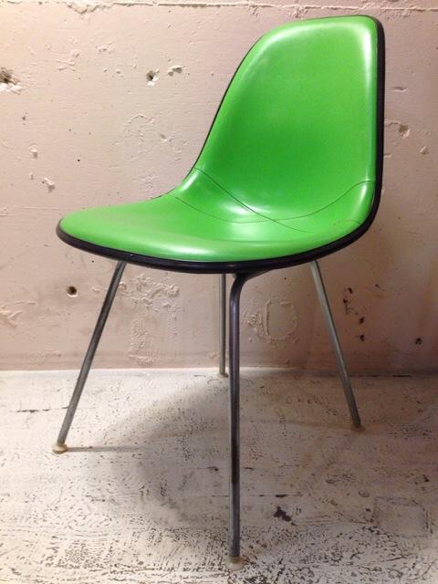 5月30日(土)大阪店ヴィンテージ家具入荷!①Eames SideShell Chair!!(大阪アメ村店)_c0078587_14154778.jpg