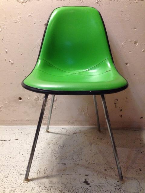5月30日(土)大阪店ヴィンテージ家具入荷!①Eames SideShell Chair!!(大阪アメ村店)_c0078587_1416619.jpg