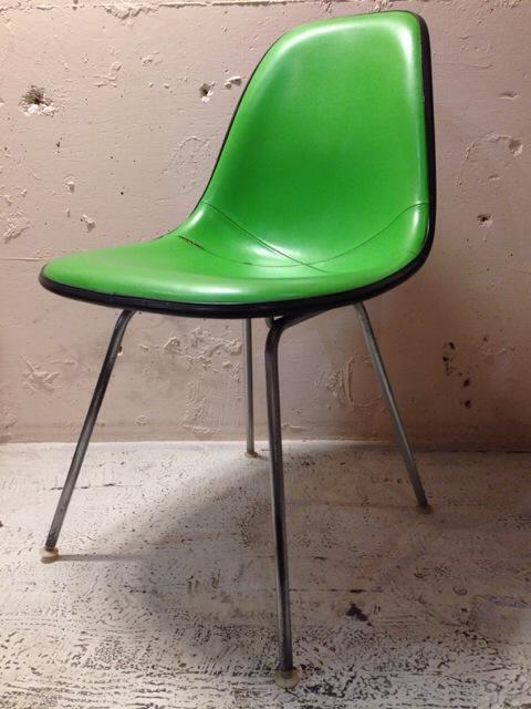 5月30日(土)大阪店ヴィンテージ家具入荷!①Eames SideShell Chair!!(大阪アメ村店)_c0078587_14173033.jpg