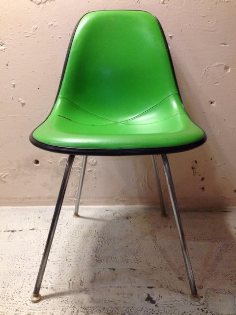 5月30日(土)大阪店ヴィンテージ家具入荷!①Eames SideShell Chair!!(大阪アメ村店)_c0078587_14174172.jpg