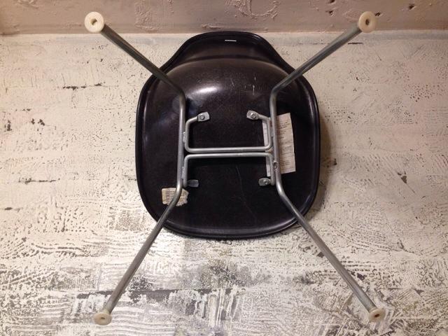 5月30日(土)大阪店ヴィンテージ家具入荷!①Eames SideShell Chair!!(大阪アメ村店)_c0078587_1419626.jpg
