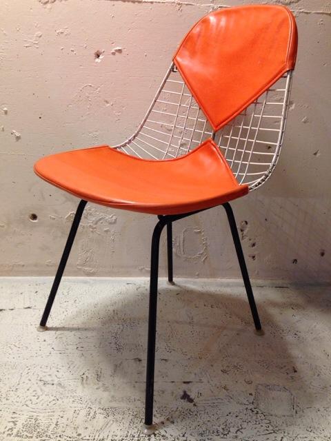 5月30日(土)大阪店ヴィンテージ家具入荷!①Eames SideShell Chair!!(大阪アメ村店)_c0078587_1423129.jpg