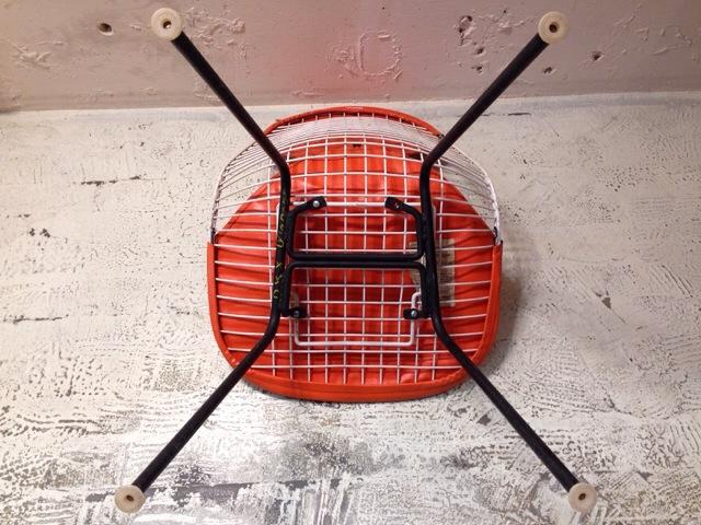 5月30日(土)大阪店ヴィンテージ家具入荷!①Eames SideShell Chair!!(大阪アメ村店)_c0078587_1434162.jpg