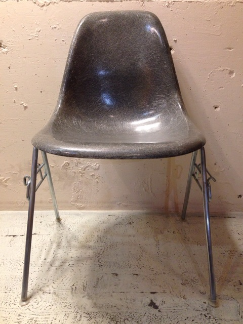 5月30日(土)大阪店ヴィンテージ家具入荷!①Eames SideShell Chair!!(大阪アメ村店)_c0078587_1465874.jpg
