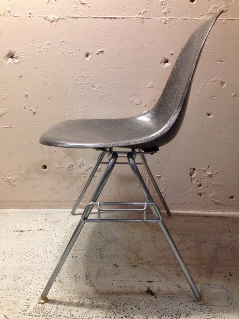 5月30日(土)大阪店ヴィンテージ家具入荷!①Eames SideShell Chair!!(大阪アメ村店)_c0078587_147420.jpg