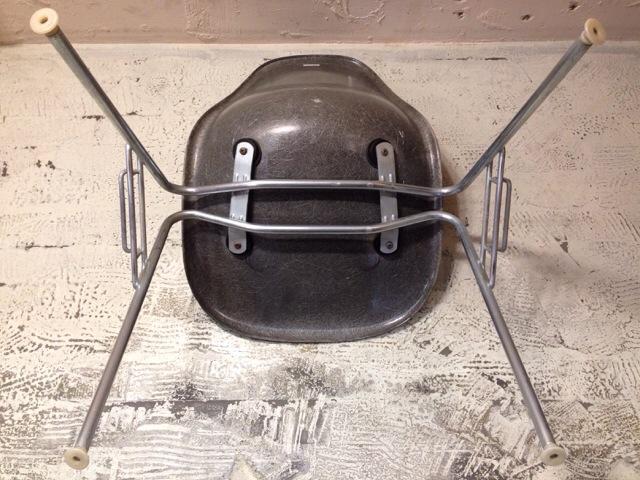 5月30日(土)大阪店ヴィンテージ家具入荷!①Eames SideShell Chair!!(大阪アメ村店)_c0078587_148188.jpg