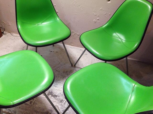 5月30日(土)大阪店ヴィンテージ家具入荷!①Eames SideShell Chair!!(大阪アメ村店)_c0078587_1483189.jpg