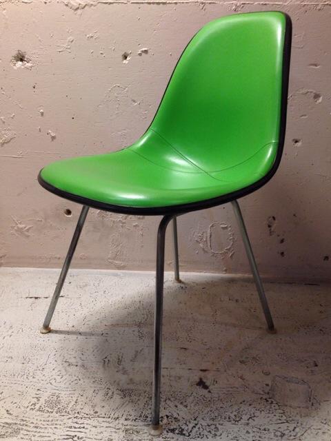 5月30日(土)大阪店ヴィンテージ家具入荷!①Eames SideShell Chair!!(大阪アメ村店)_c0078587_1485099.jpg