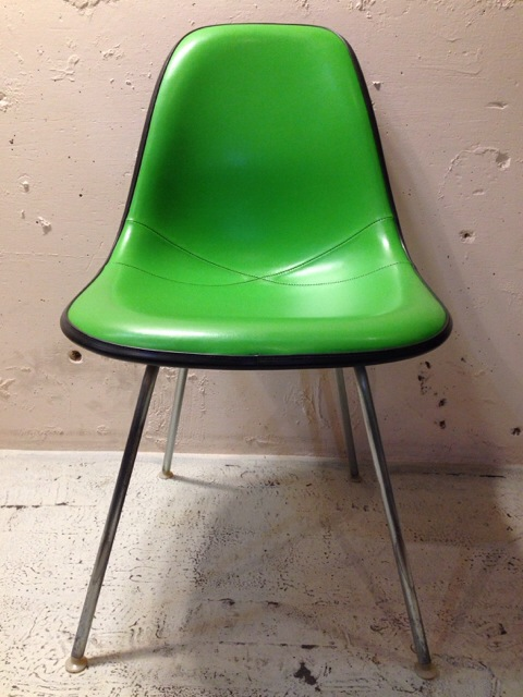 5月30日(土)大阪店ヴィンテージ家具入荷!①Eames SideShell Chair!!(大阪アメ村店)_c0078587_1491121.jpg