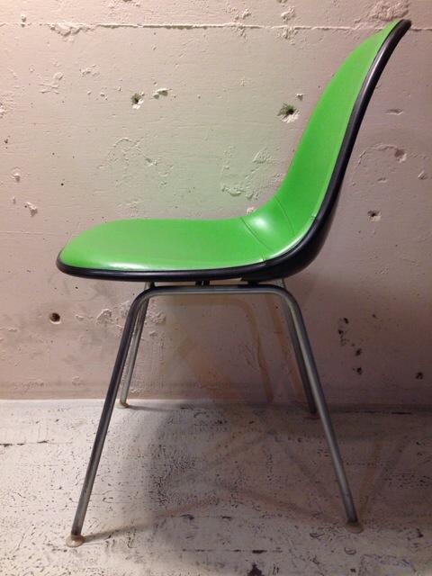 5月30日(土)大阪店ヴィンテージ家具入荷!①Eames SideShell Chair!!(大阪アメ村店)_c0078587_149209.jpg