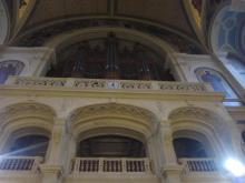 聖トリニテ教会のミサへ_e0344611_22565243.jpg