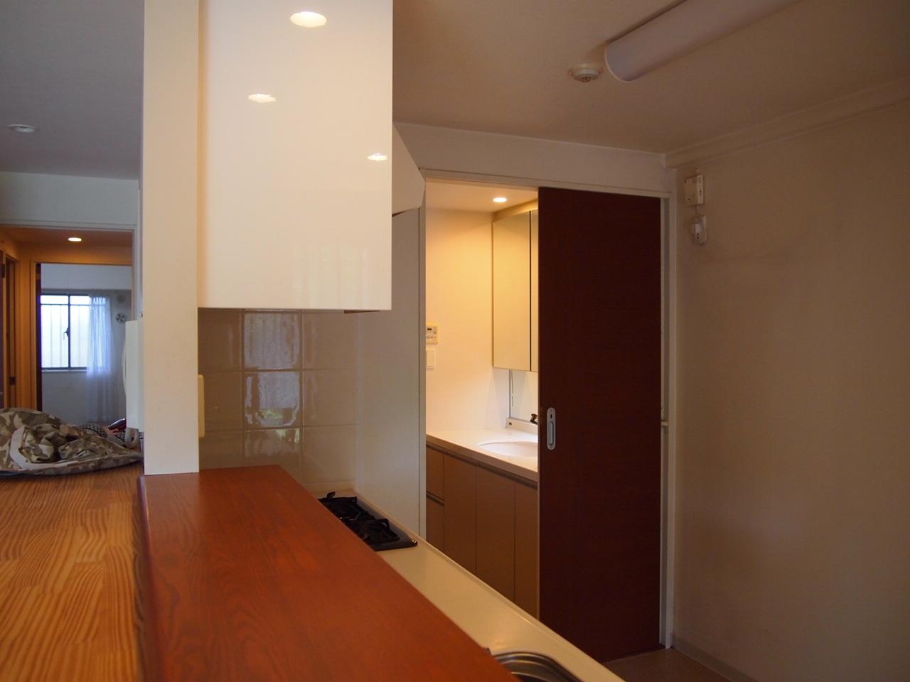 葛飾区/中庭のあるマンション。。。2_a0214329_0132357.jpg
