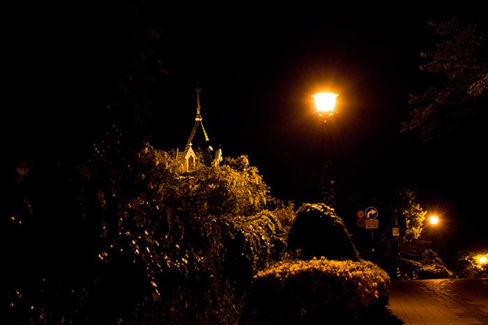 夜のお散歩_a0292724_12205674.jpg