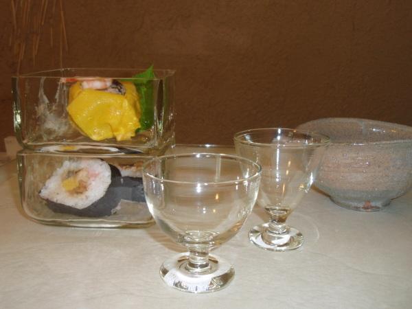 お昼ごはんに   松岡ようじガラス小鉢で_b0132442_15024809.jpg