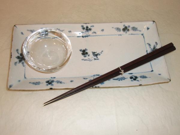お昼ごはんに   松岡ようじガラス小鉢で_b0132442_15030761.jpg