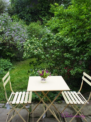 お庭カフェ_f0238789_1950372.jpg