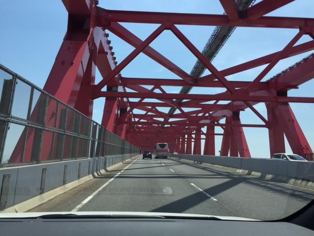 赤い橋を越えて_a0326106_12155465.jpg