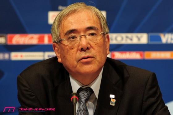 FIFAに韓の法則発動!:汚職問題は実はガーターvsパンスト生足連合の戦いだった!?_e0171614_1454655.jpg