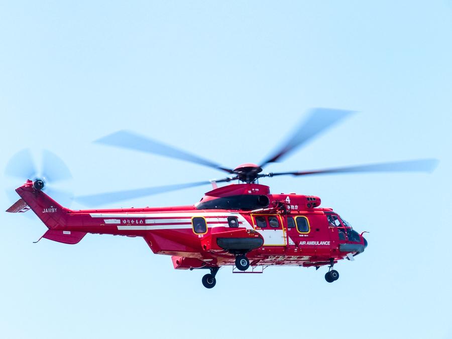 真っ赤なヘリコプター_d0192516_16505724.jpg