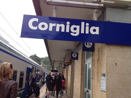 チンクエテッレ唯一の港のない村、コルニーリア_a0136671_0301195.jpg