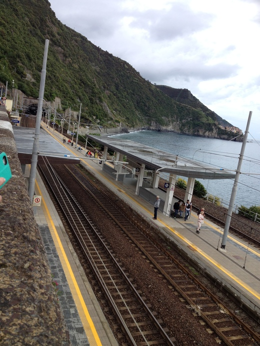チンクエテッレ唯一の港のない村、コルニーリア_a0136671_0442241.jpg
