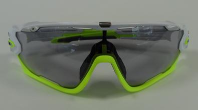 OAKLEY JAWBREAKER(ジョウブレイカー)用GOODMAN調光/偏光調光レンズ発売開始!_c0003493_11431891.jpg
