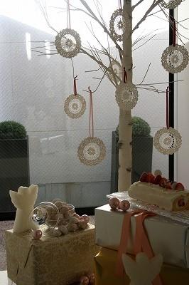 刺しゅうの展覧会_a0273699_10472976.jpg