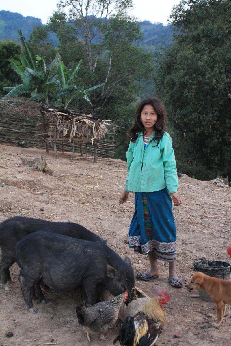 ルアンナムター  ラフ族の村の女たち_b0061717_129847.jpg