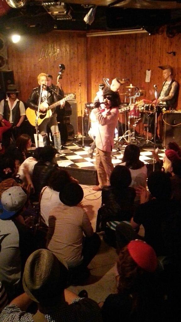 昨晩の歌舞伎町の模様でも…_c0308247_14101055.jpg