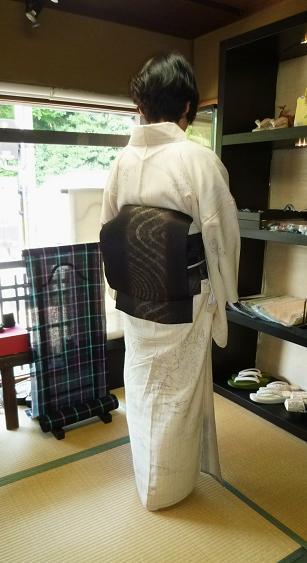 単衣のぜんまい紬のお客様・シャンソンボサノバライブへ。_f0181251_13574682.jpg