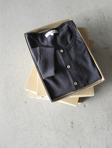 Merz b. Schwanen button facing shirt 1/4 / Black_b0139281_15382556.jpg