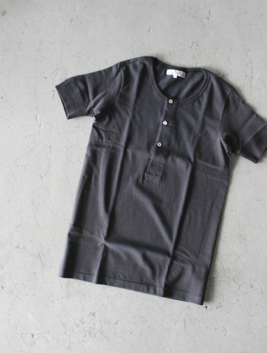 Merz b. Schwanen button facing shirt 1/4 / Black_b0139281_15392060.jpg