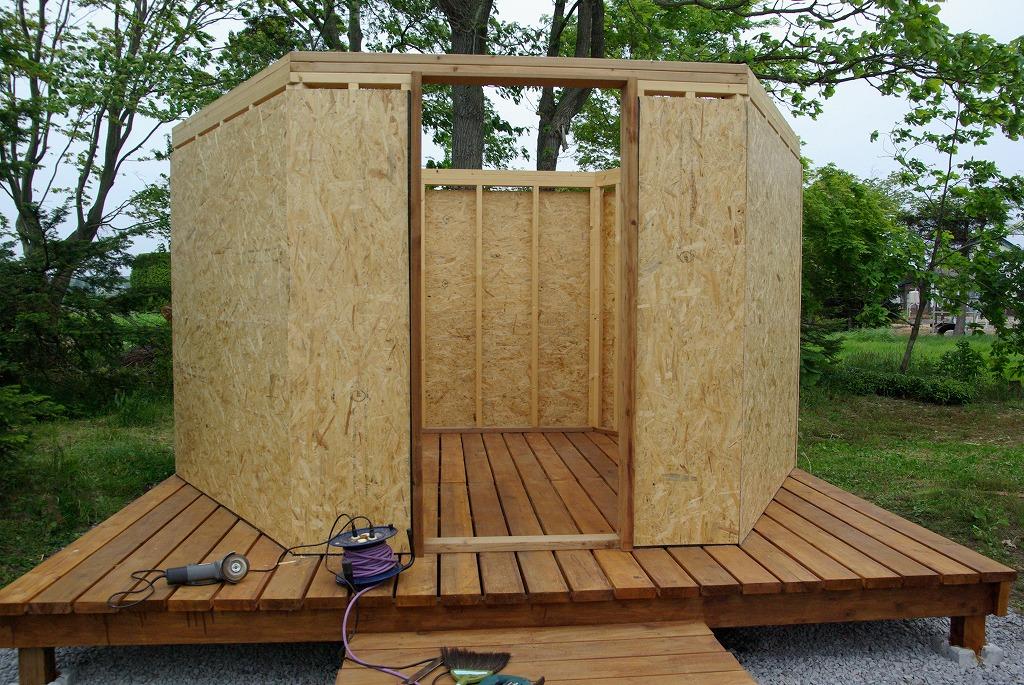 小屋作り・壁できた編_a0107184_2122395.jpg