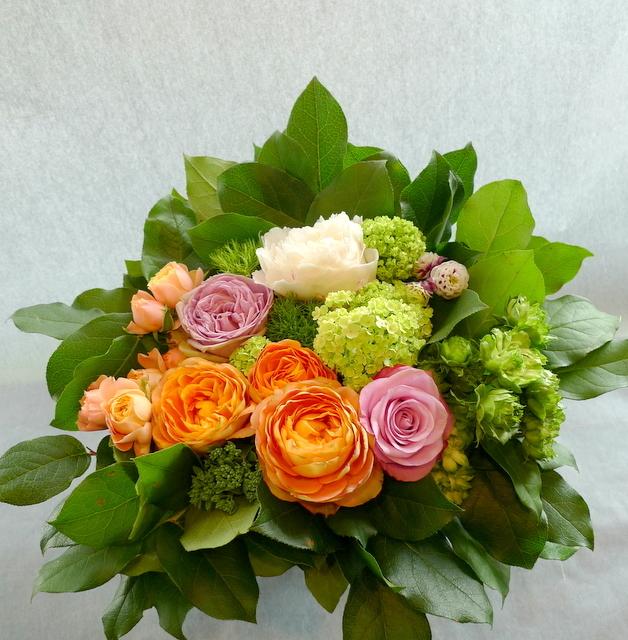 ご結婚記念日に、奥様に。「オレンジ系で」。_b0171193_00004405.jpg