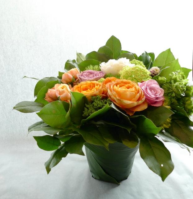 ご結婚記念日に、奥様に。「オレンジ系で」。_b0171193_00004714.jpg