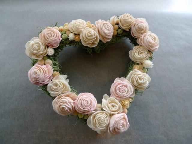結婚式のプレゼントに。ハート型のドライ系リース。_b0171193_18451924.jpg