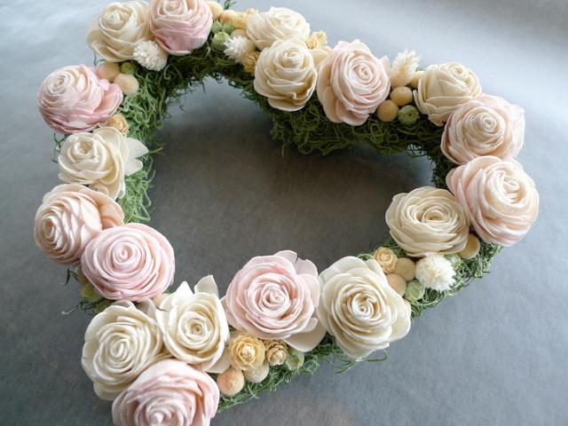 結婚式のプレゼントに。ハート型のドライ系リース。_b0171193_18452791.jpg