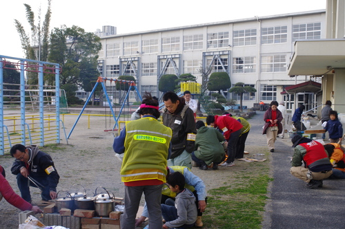 避難所体験イベント「避難所でサバイバル」_e0345277_21554860.jpg