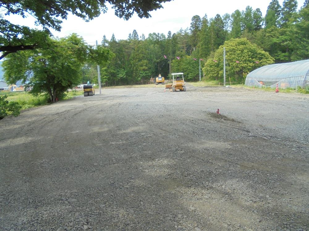 駐車場拡幅工事_c0111229_2151974.jpg