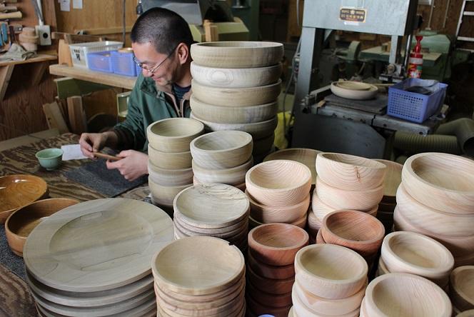 ありしろ道具店の木の器 in ルカワイン_b0016474_18303912.jpg