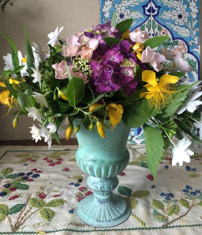 紫陽花のフラワーアレンジメント_e0233674_931108.jpg
