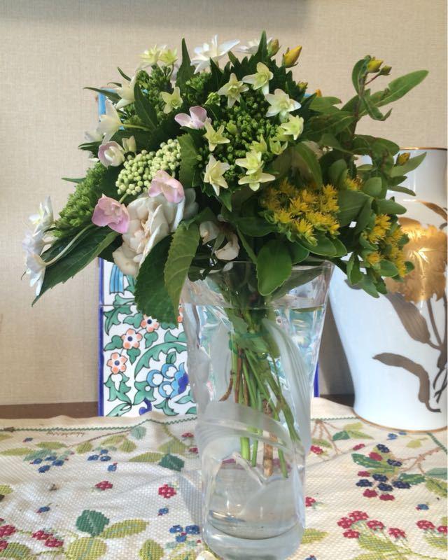 紫陽花のフラワーアレンジメント_e0233674_931376.jpg